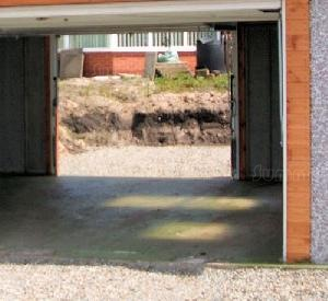 CONCRETE GARAGES, TIMBER GARAGES, STEEL GARAGES, CARPORTS xx - Options - colour finish up and over door