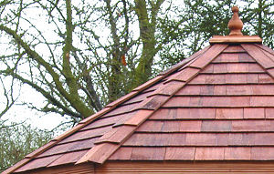 OUTDOOR PLAY - Cedar shingle roof