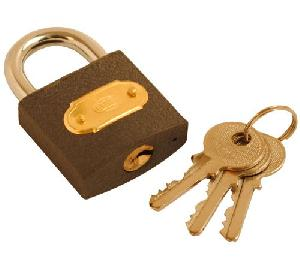 CONCRETE GARAGES, TIMBER GARAGES, STEEL GARAGES - Padlocks