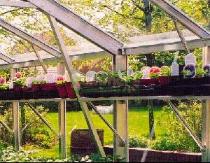 GREENHOUSES xx - Aluminium high level shelving silver finish