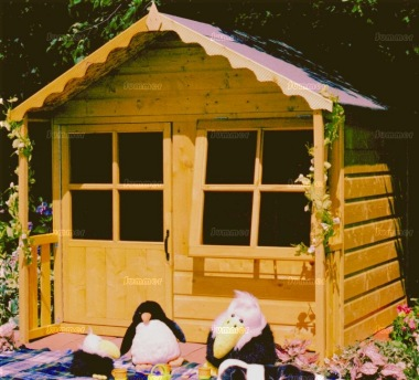 Childrens Playhouse 81 - Shiplap, Half Glazed Door