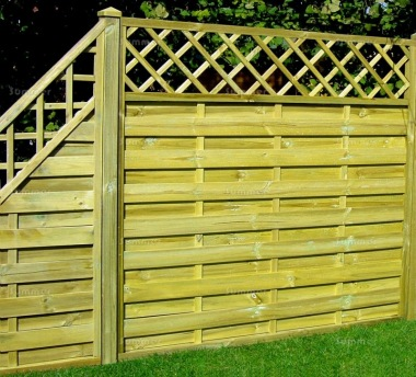 Fence Panel 431 - Stepped Height, All Planed, 9mm Boards, 2x2 Frame