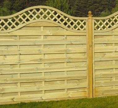 Fence Panel 464 - Planed Timber, 9mm Reeded Boards, 2x2 Frame