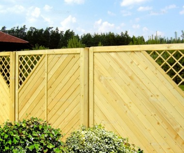 Fence Panel 580 - Planed Timber, 18mm T and G Boards, 4x2 Frame