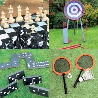 Multi Pack 537 - Chess, Archery, Dominoes and Badminton