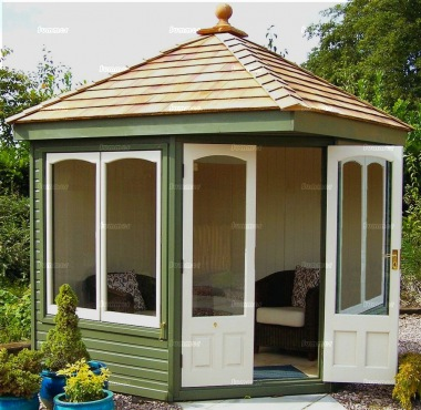 Corner Summerhouse 605 - Cedar, Painted, Large Panes