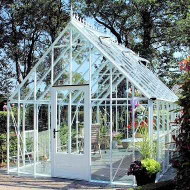 Aluminium Victorian Greenhouse 675 - Box Section, Glass To Ground