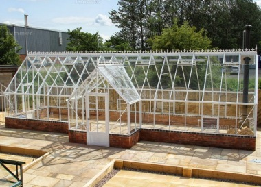 Dwarf Wall Aluminium Orangery 737 - Valley Roof, Box Section