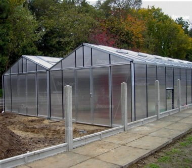 Large Twin Apex Greenhouse 371 - Box Section