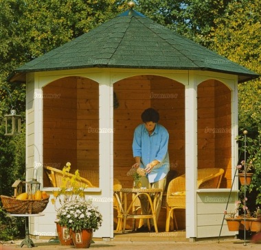 Wooden Gazebo 241 - Octagonal Log Cabin, 28mm Logs
